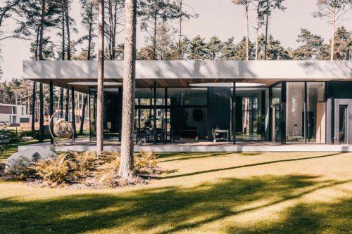 Villa Lyckorus Designhus Exteriör